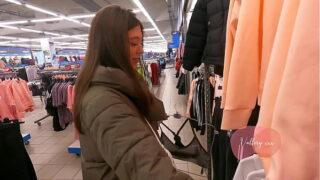 teenager sucked jizz-shotgun in the fitting room